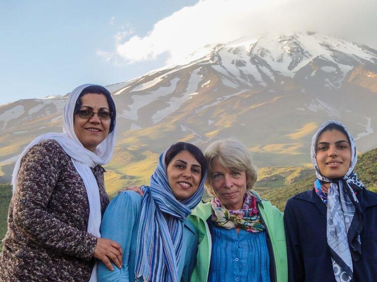 Begleitmannschaft Bei Der Trekkingreise In Den Iran