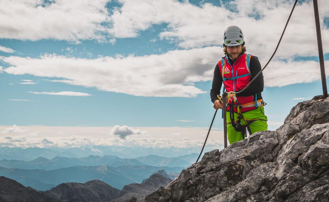 Bergfuehrer Auf Der Watzmannueberschreitung