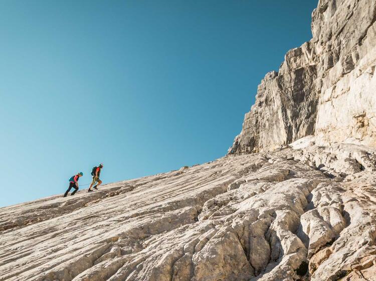 Bergsteiger In Der Wiederroute An Der Watzmann Ostwand Der Mittelspitze