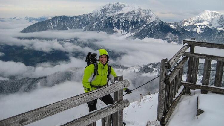 Bergwanderfuehrerin Susanne Im Winter Am Watzmannhaus