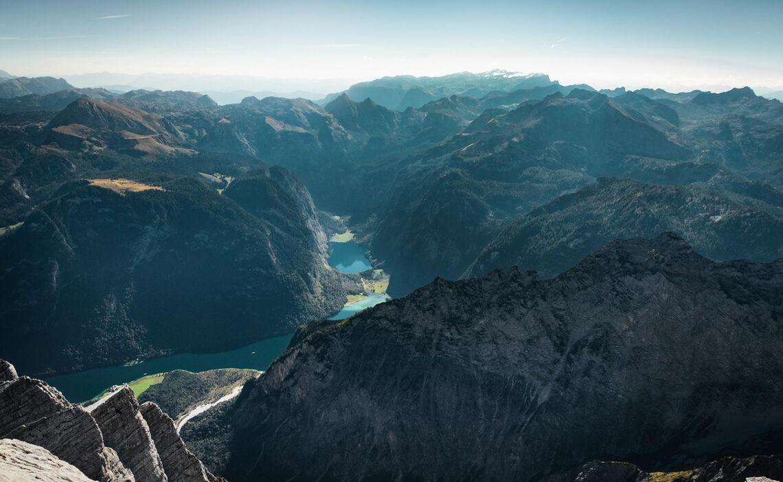 Der Koenigssee Von Der Watzmann Mittelspitze Gesehen Auf Der Watzmannueberschreitung