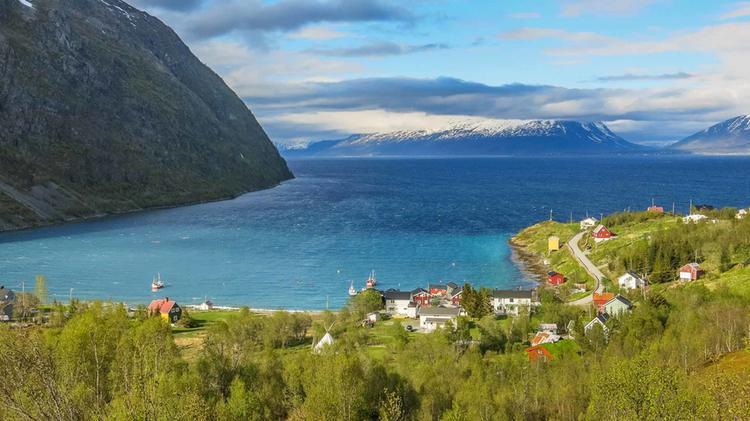 Die Bucht Von Koppangen Ist Stuetzpunkt Der Wander Reise Norwegen