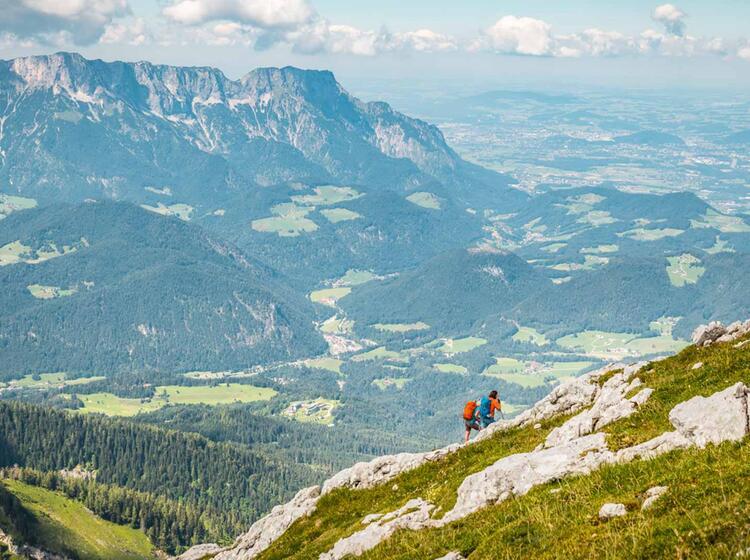 Die Letzten Meter Zum Gipfel Des Hohen Goell Mit Blick Zum Untersberg