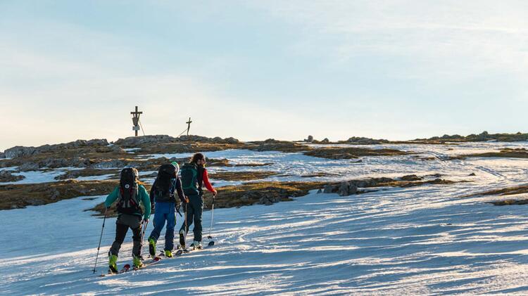 Die Letzten Meter Zum Skitouren Gipfel Des Schneibstein In Berchtesgaden Auf Der Kleinen Reibn