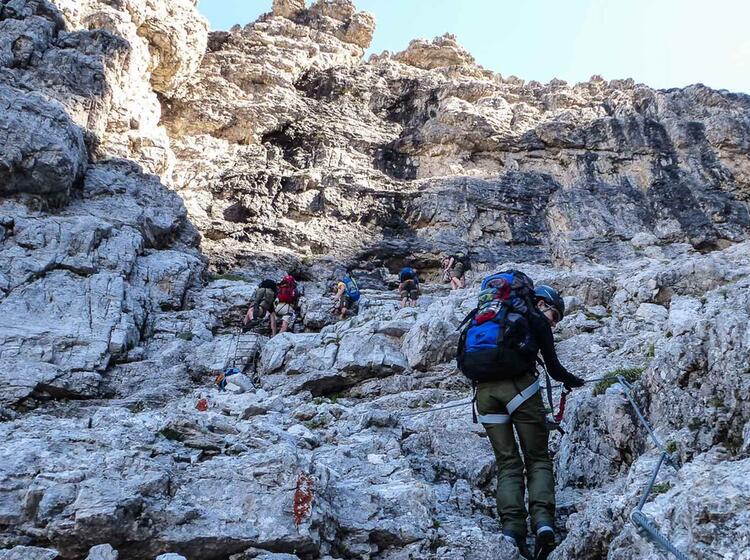 Gefuehrte Wander Und Klettersteigwoche In Der Brenta
