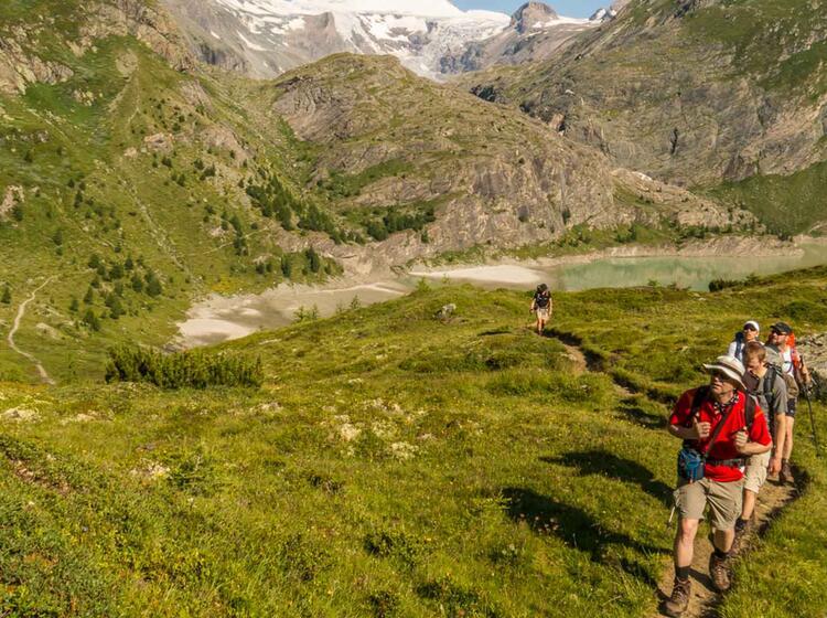 Gefuehrte Wanderung Unter Dem Grossglockner Vom Glocknerhaus