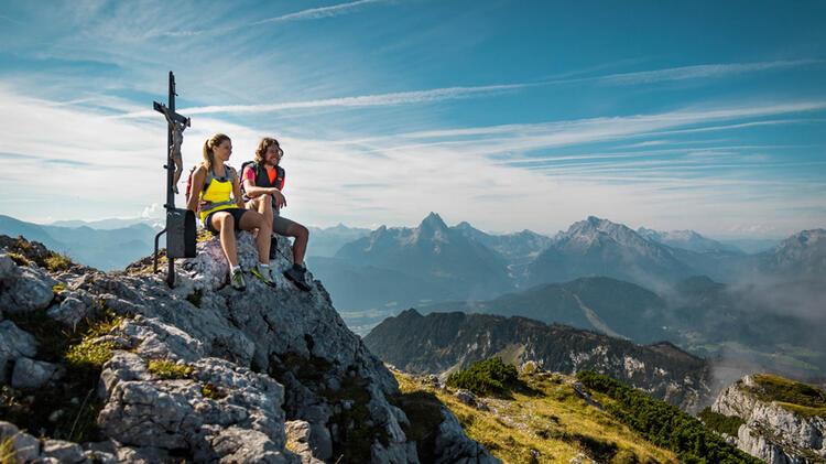 Gipfel Rast Am Untersberg Mit Blick Auf Den Watzmann