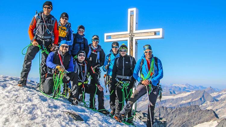 Gipfelglueck Am Grossvenediger