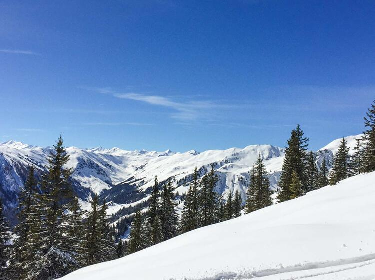 Kitzbuehl Oberlandhuette Skitouren Mit Bergfuehrer