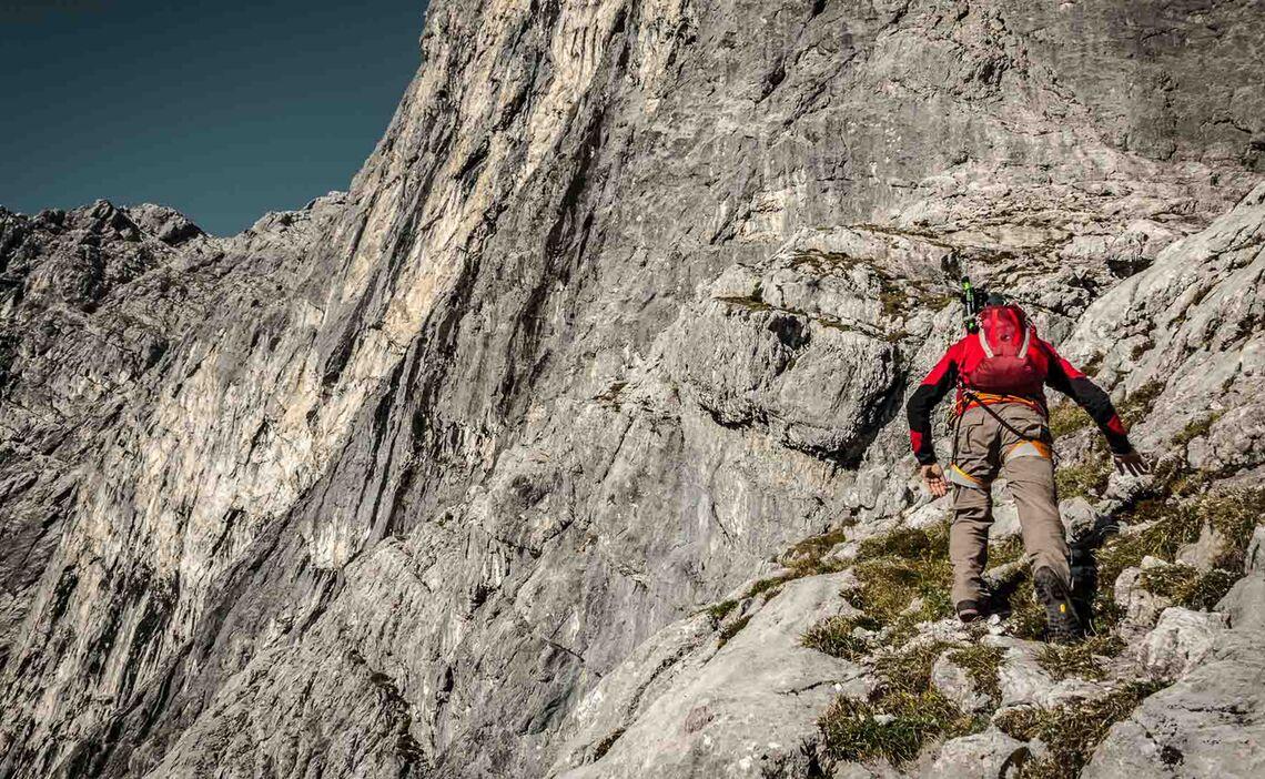 Klettern In Der Watzmann Ostwand An Der Biwak Hoehle