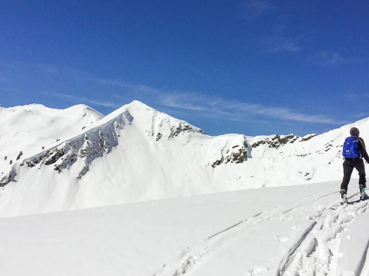 Mit Bergfuehrer In Die Kitzbuehler Alpen Zum Skitouren Gehen