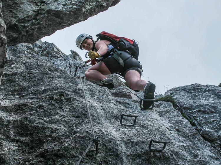 Mit Bergfuehrer Ueber Den Pidinger Klettersteig