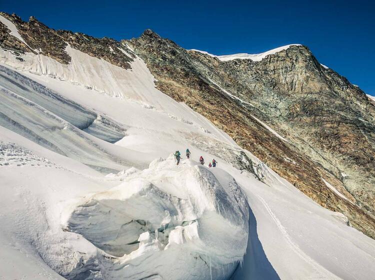 Neun Viertausender Im Wallis Auf Der Spaghettirunde Mit Bergfuehrer