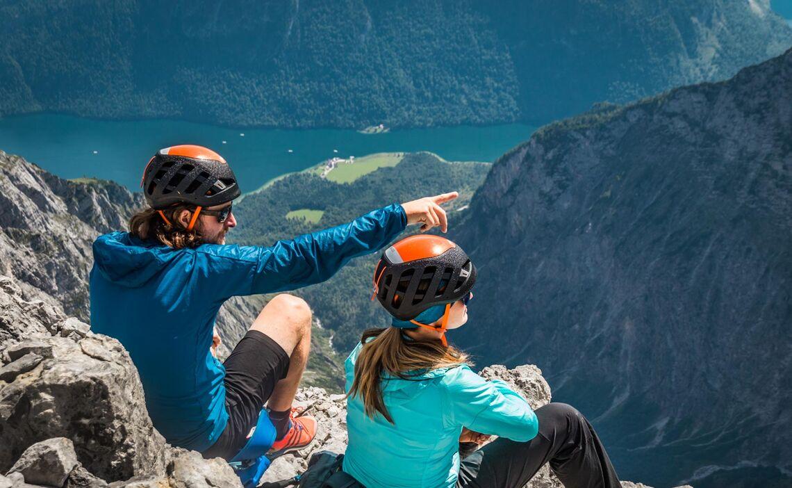 Pausieren Am Watzmann Gipfel Der Suedspitze Nun Beginnt Der Abstieg Ins Wimbachgriess
