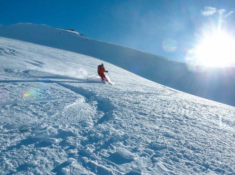 Pulverschnee An Der Tuoi Huette Bei Der Skitourenwoche Silvester