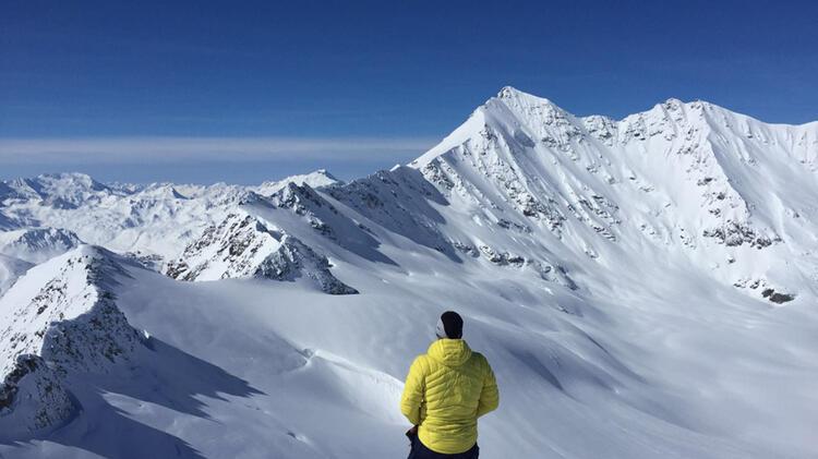 Rene Hellmann Bergfuehrer Am Elbrus