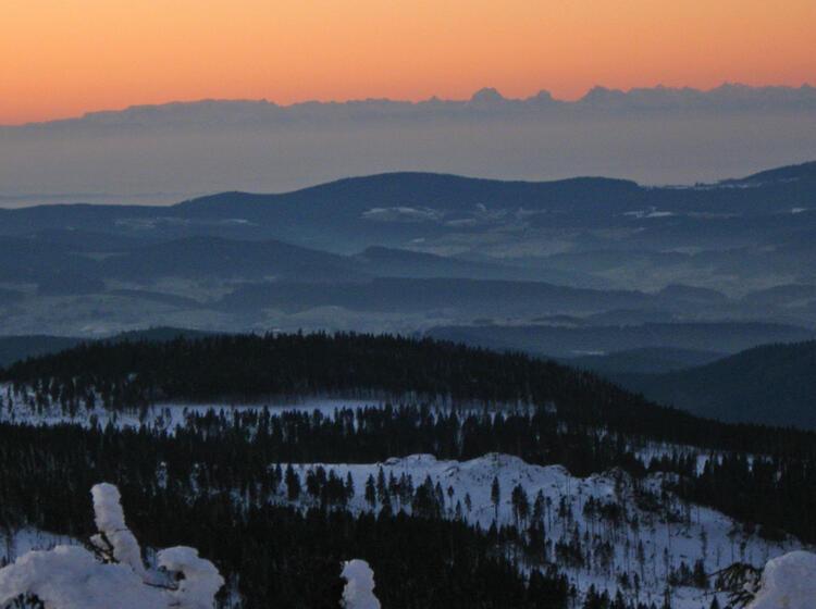 Schneeschuhwandern Bayrischer Wald Sonnenaufgang Alpen