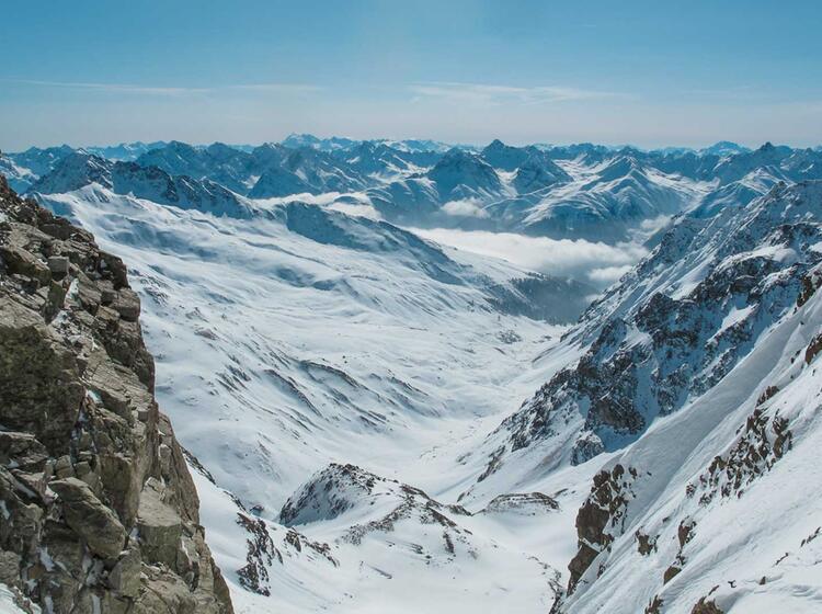 Silvester Skitouren Von Der Tuoi Huette Aus Auf Den Piz Buin