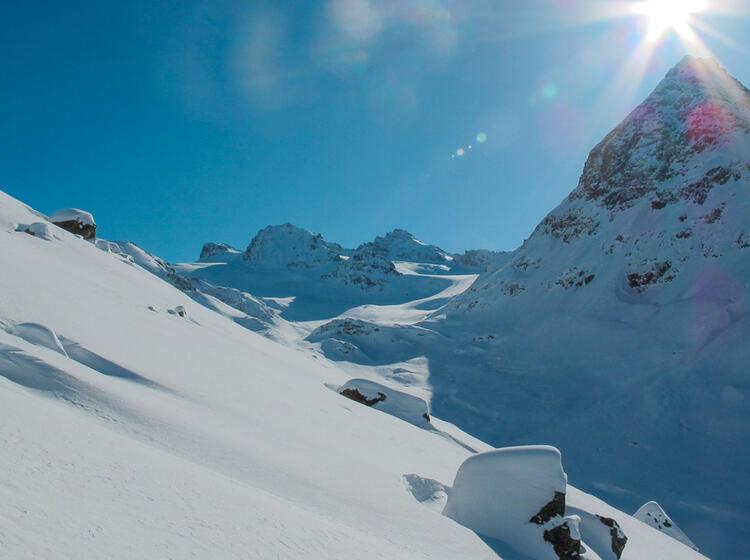 Silvretta Im Winter Mit Schneeschuhen Und Tourenski