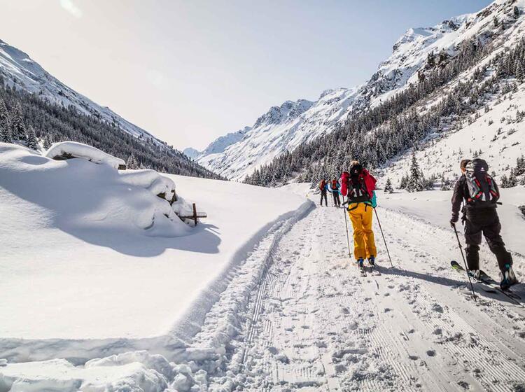 Skitour Zur Jamtalhuette Durch Das Jamtal In Der Silvretta