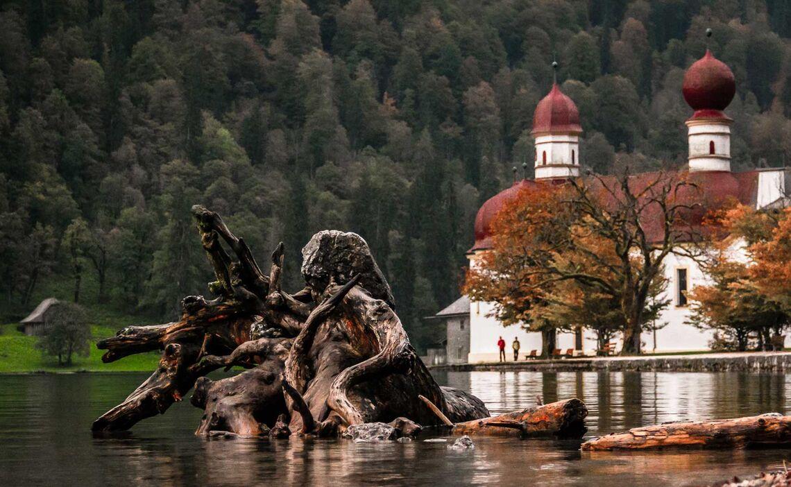 St Bartholomae Und Ostwandlager Ist Der Start Zur Watzmann Ostwand