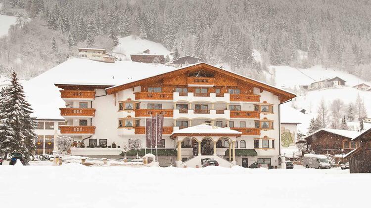 Tiefschneekurs Im Stubai Mit Skilehrer Im Stubaier Hof
