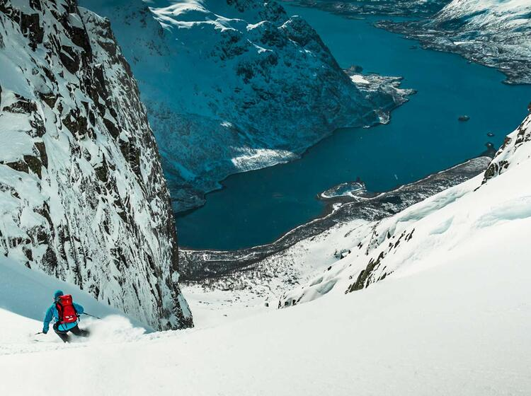 Traumabfahrt Bis Zum Meer Auf Der Skitouren Reise Zu Den Lofoten Inseln