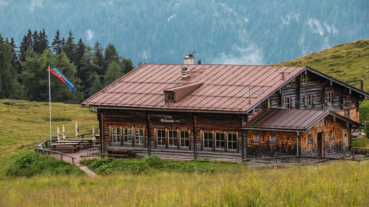 Uebernachtung Auf Der Traumhaft Gelegenen Gotzenalm Im Nationalpark Berchtesgaden