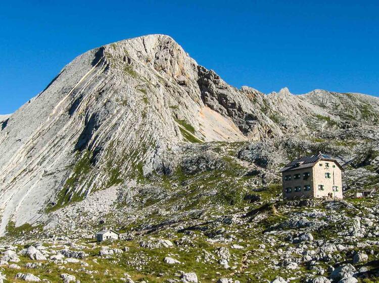 Wandern In Einer Gruppe In Den Dolomiten
