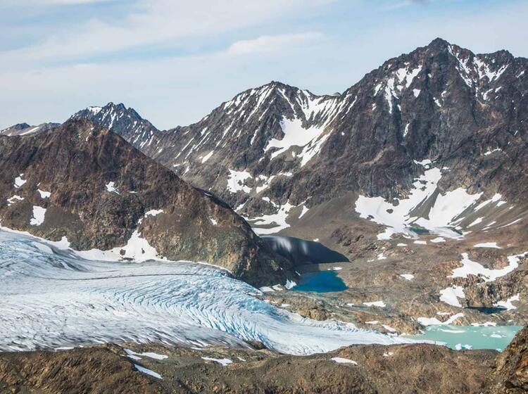 Wandern Mit Gletscherblick In Norwegen